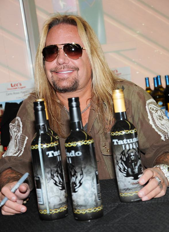 Vince Neil and his Tatuado
