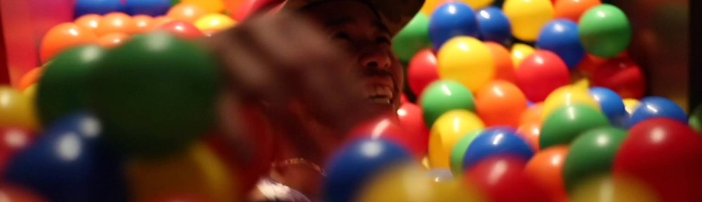 So THIS Exists: A 'Ball Pit Bar' Letting Adults Feel Like Kids Again, But With Alcohol