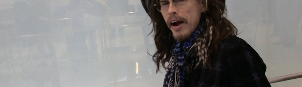 Steven Tyler says Joe Perry is 'jealous' of his country music