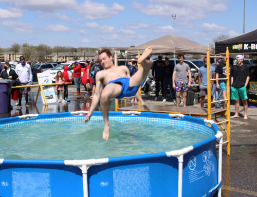 Manhattan's Polar Plungers Raise Over 14K for Special Olympics Kansas [PHOTOS]